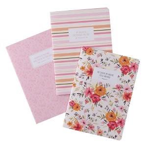 Cuaderno Salmo 23:2. Rústica. Rosa floral (pack de 3) (inglés)