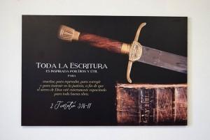 Cuadro canvás Espada (2 Timoteo 3:16-17)